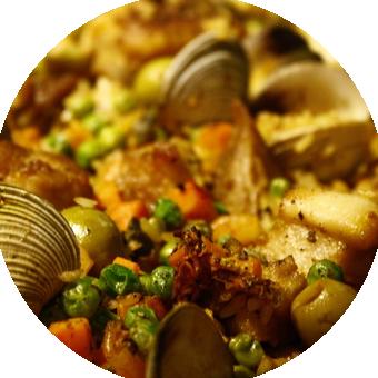 Photo d'une paella pour représenter le repas sur mesure